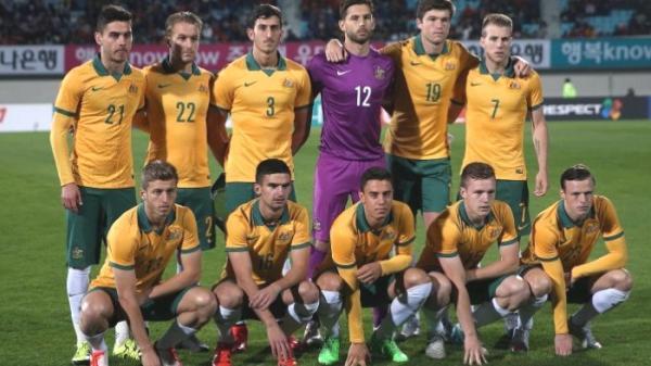 NÓNG: Đối thủ của U23 Việt Nam gọi 8 ngôi sao châu Âu, thầy Park lo lắng