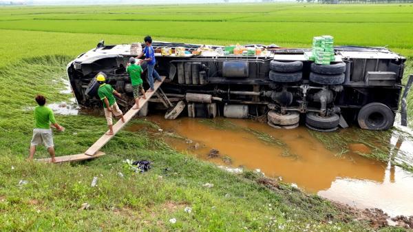 Hành động đẹp của người dân Quảng Trị sau tai nạn giao thông