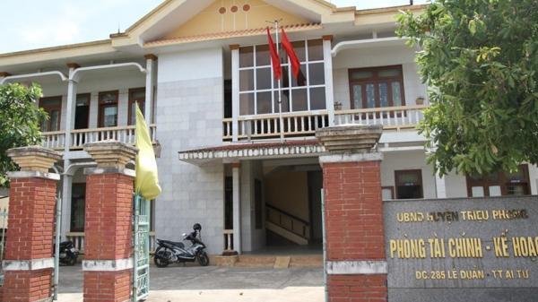 Quảng Trị: Nữ công chức tố bị nam đồng nghiệp cưỡng bức