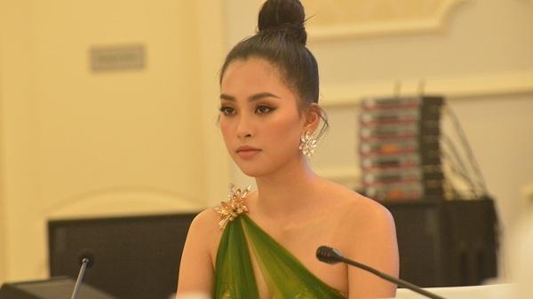 Hoa hậu Tiểu Vy làm Đại sứ 'Lễ hội hang động' Quảng Bình