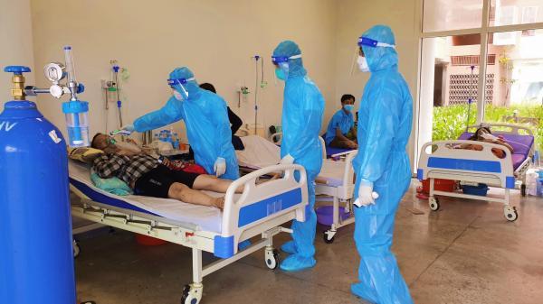 18 bác sĩ, nhân viên y tế Quảng Trị tiếp tục tình nguyện ở lại Bình Dương chống dịch