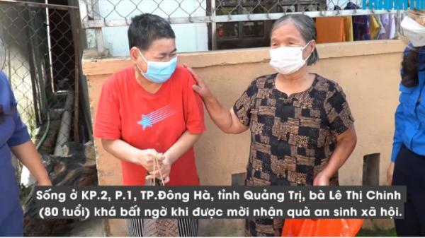 Người dân TP.Đông Hà: Mệ rất cảm ơn túi an sinh, mong con vi rút hết nhanh để vui một tí