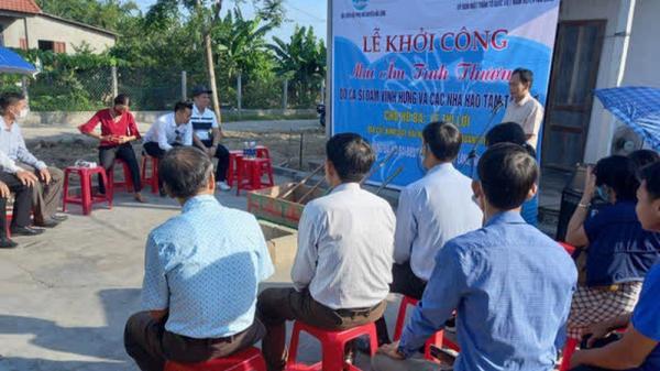 Tiết lộ số tiền ca sĩ Đàm Vĩnh Hưng hỗ trợ cho người dân vùng lũ huyện Hải Lăng