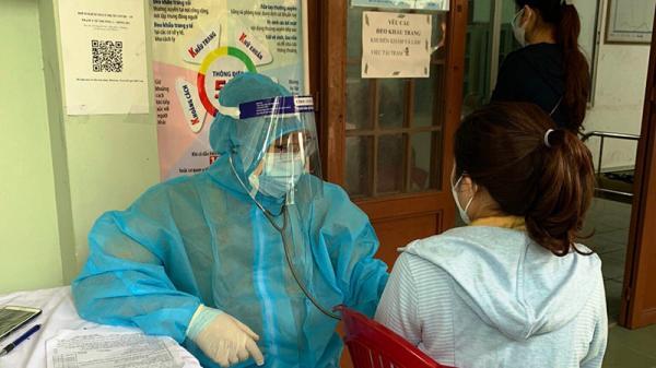 Người dân Đông Hà yên tâm khi có trạm y tế lưu động