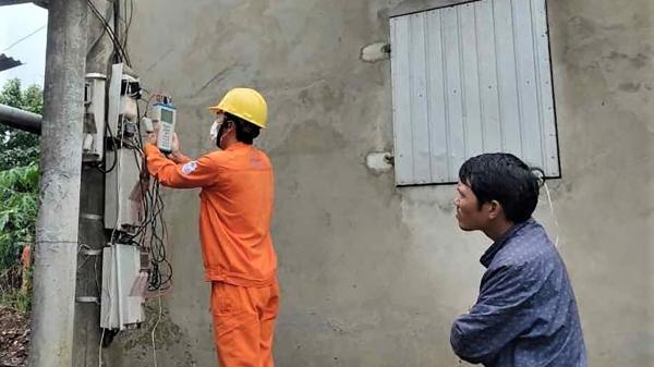 Quảng Trị: Phát hiện 2.260 vụ vi phạm sử dụng điện, truy thu gần 500 triệu đồng