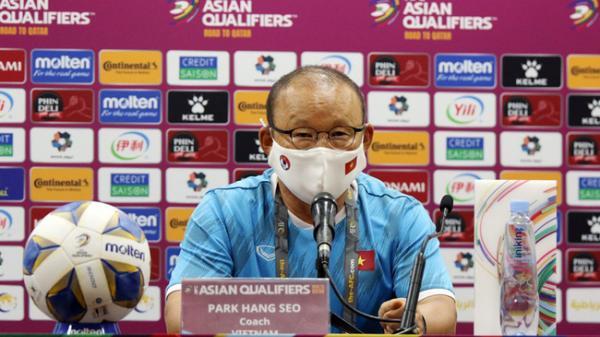 HLV Park Hang-seo lên tiếng nhận hết lỗi lầm sau trận thua 2-3 trước tuyển Trung Quốc