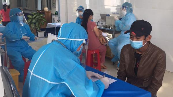 Nhiều địa phương xuất hiện ổ dịch mới, lo ngại dịch lây lan trên diện rộng