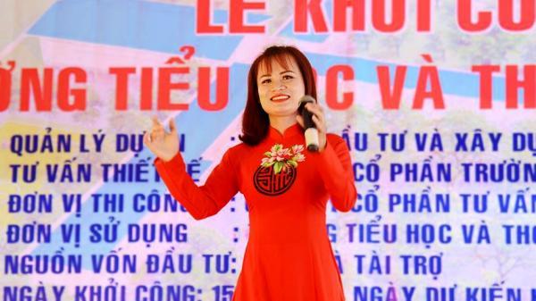 """Hai giáo viên Quảng Trị đoạt giải cao tại """"Liên hoan tiếng hát giáo viên toàn quốc"""" lần thứ V"""